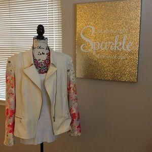 IMAN Cream Moto blazer w/ floral crepe sleeves EUC